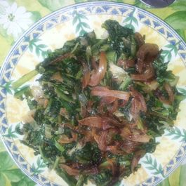 Hindbeh Bi Zeit ( Sautéd Chicory Leaves)