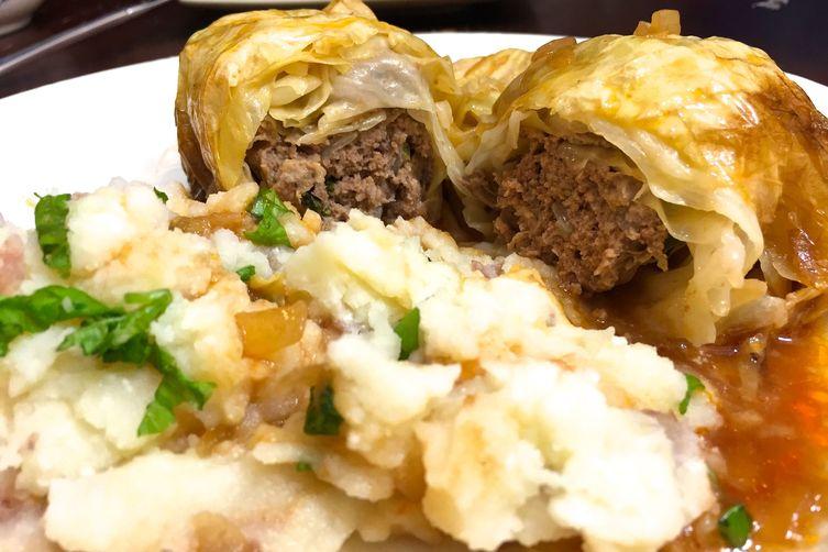 German Kohlrouladen (Stuffed Cabbage Rolls)