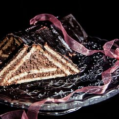 Triangular cheesecake