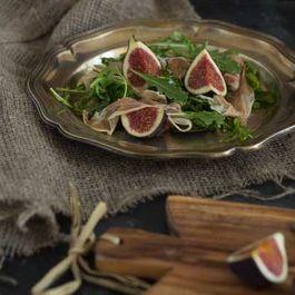 Rocket Salad With Prosciutto and Figs (insalata di prosciutto, rucola e fichi)