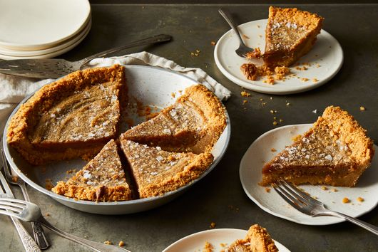 This Salted Peanut Butter Pie Is All About the Fudgy 3-Ingredient Filling