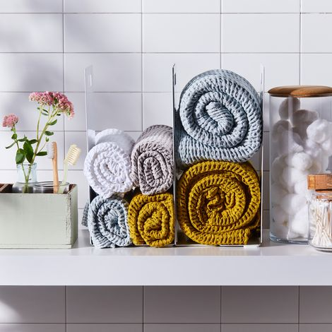 Interlocking Towel Organizer