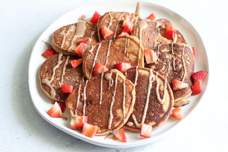 Cinnamon Cashew Butter Pancakes