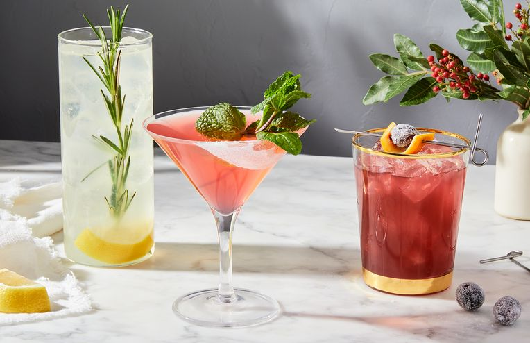 5 Impressive Garnish Ideas That Bring the Cocktail Bar Home