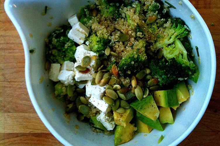 Lemony Quinoa Broccoli Salad