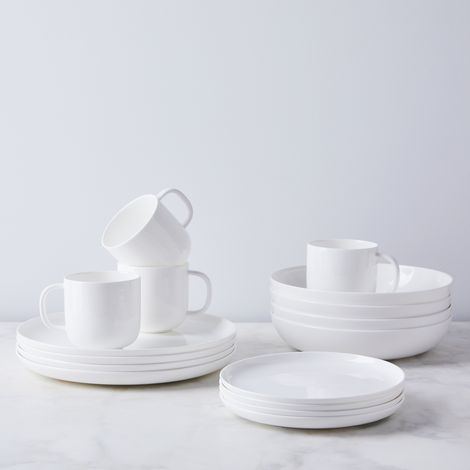 Bone China Dinnerware (16-Piece Set)