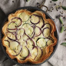 Vegetable quiche with filo pastry