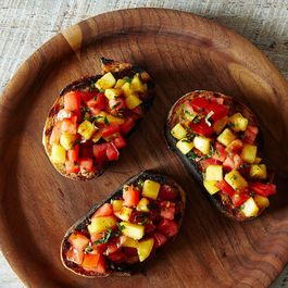 3ddf75e9 2e96 4f7a aba3 5fd0fb47a67f  2014 0805 bruschetta without a recipe 096