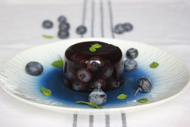 Blueberry aspic