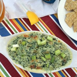 Green Sea Goddess Dip (Creamy, Spinachy, Cheesy Shrimp Dip)