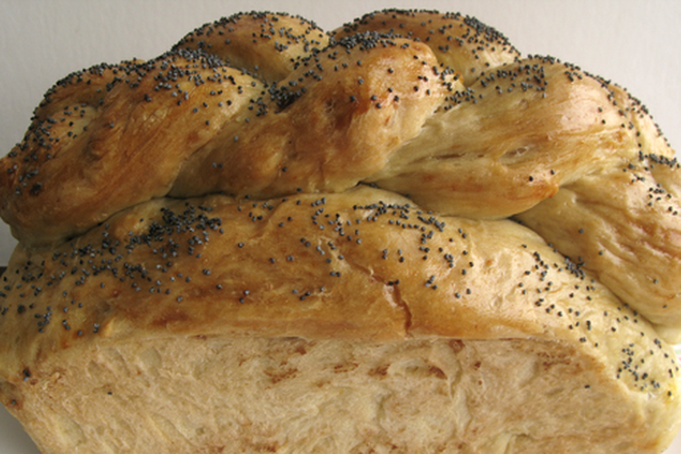 German-Jewish Challah (Berches)