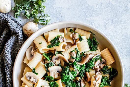 Kale and mushroom rigatoni