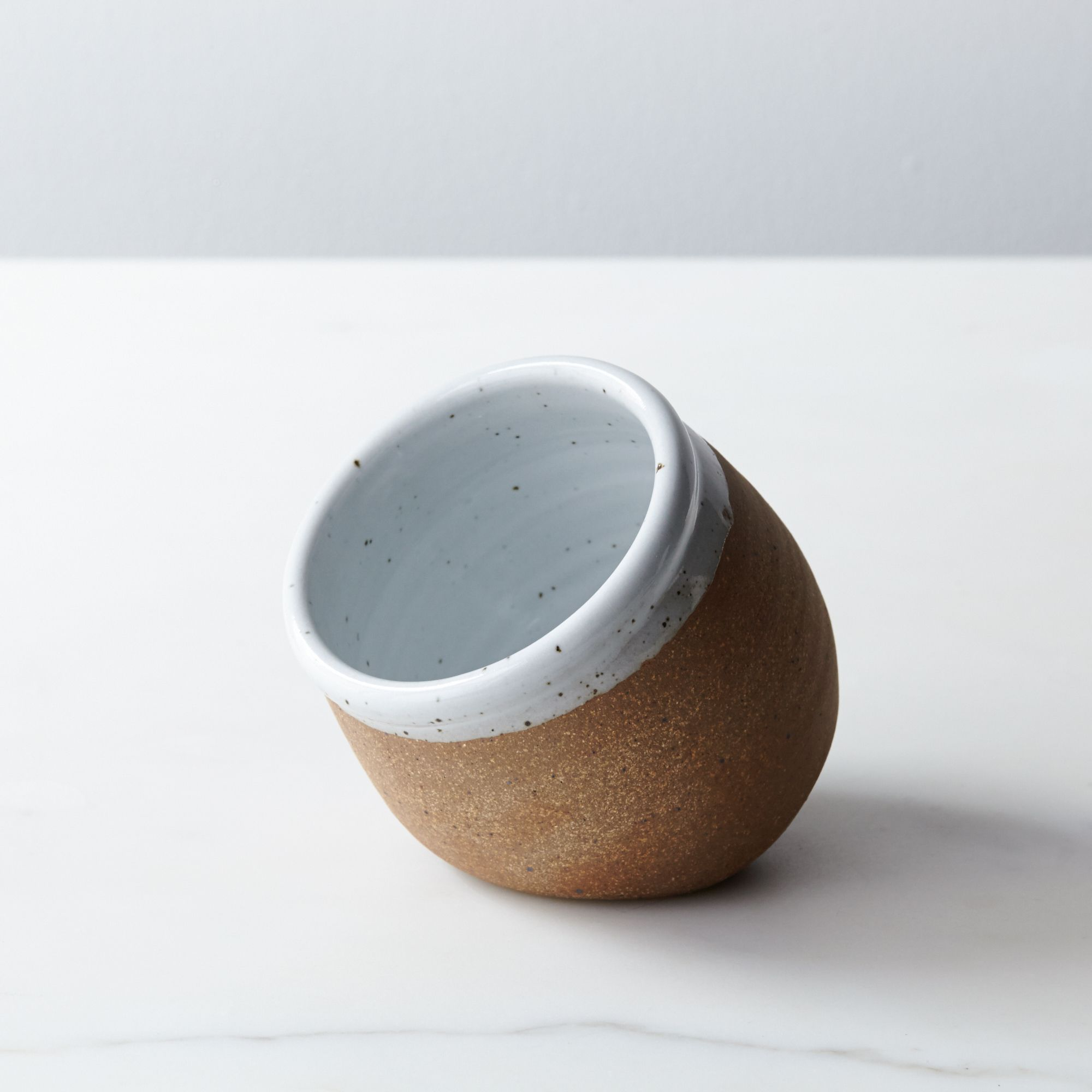 8a0097cd-4a85-40a6-91c0-c2e3e8c0c955--2014-0522_sawyer-ceramics_salt-cellar_silo-330