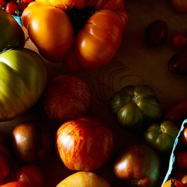 55b7bcac c5b8 405b 84a1 88729fd6240d  2016 0811 tomato bounty james ransom 393