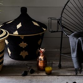 A5ce4e27 d50e 4af7 8620 ce0d881623c8  2017 0517 rose and fitzgerald handwoven palm baskets carousel rocky luten 002