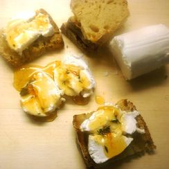 Goat Cheese with Tangy Clementine Jam and Fresh Thyme