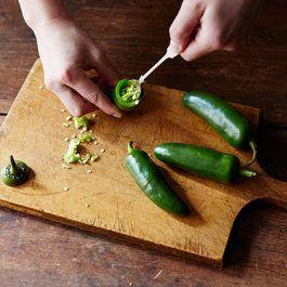 A8320a40 3aee 4939 9470 72f2a95a6888  2015 0427 how to de seed hot peppers mark weinberg 0097