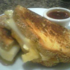 Brie Pear and Apricot Sammie with Sweet Thai Dipping Sauce
