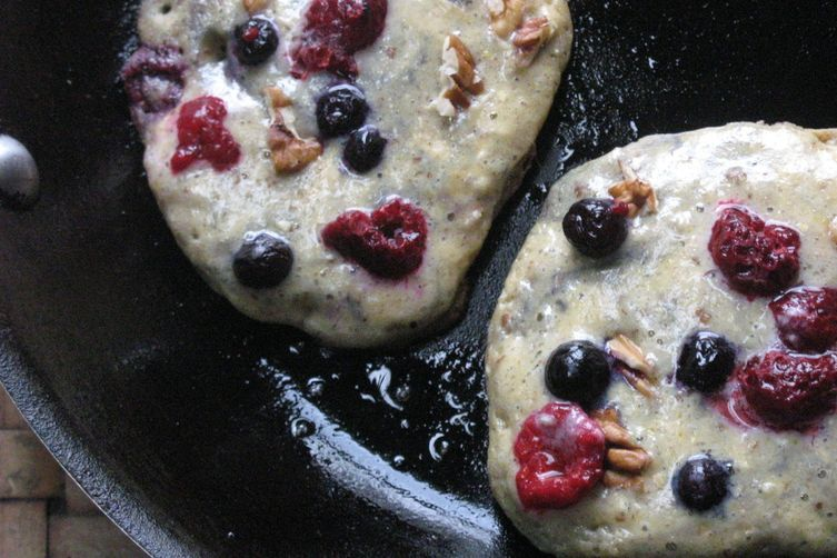 Chewy Multigrain Multiberry Brekkie Cakes:A Real Mouthful!