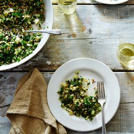 Ade6f129 57b4 47e1 b5bb 37733cf7841d  2015 1015 genius crispy brown rice salad kabbouleh with kale james ransom 217