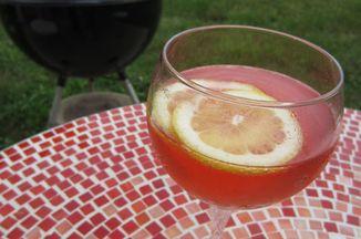 635f8e63 812b 43f4 b354 dab6193fe7c9  rosy champagne cocktail