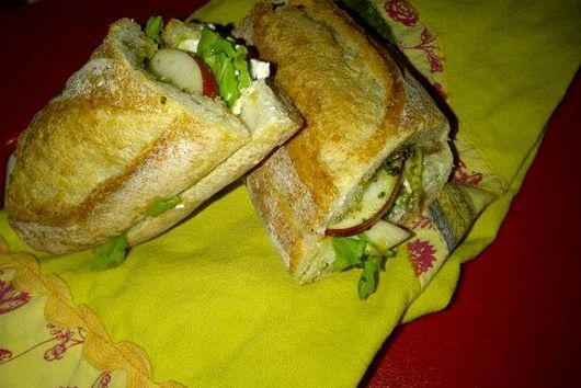 Sliced Apple and Goat Cheese Sandwich with Pesto and Honey