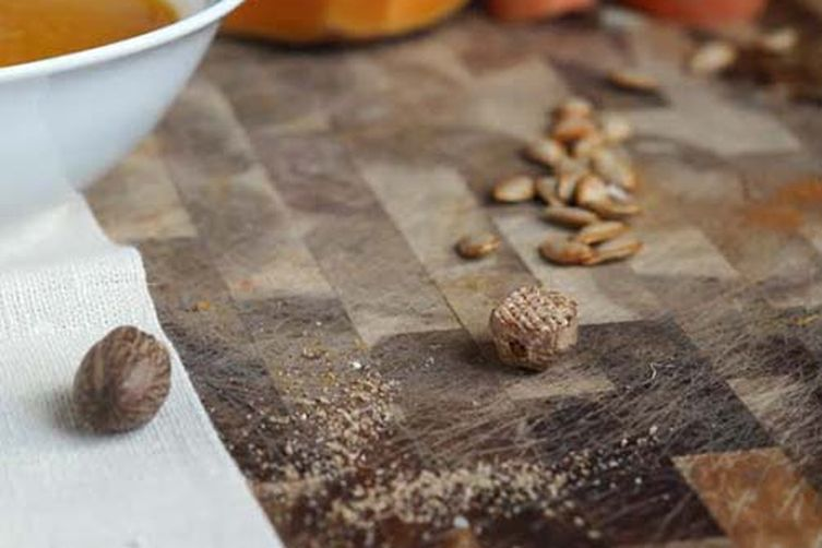 Butternut & Delicata Squash Soup With RawSpiceBar Pumpkin Spice