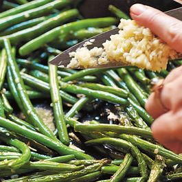 B0277dc2 1216 4440 800c f3a902e6aba6  2017 0517 sauteed green beans with garlic hkcb