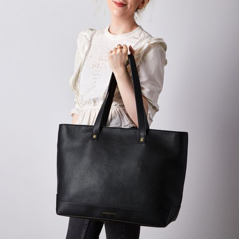 Modern Tote with Interior Lunch Bag