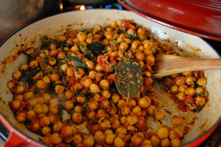 Chickpea & Mustard Green Masala