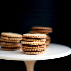 Almond Fig Sandwich Cookies