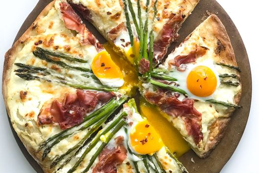 Springtime Pizza with Prosciutto and Asparagus