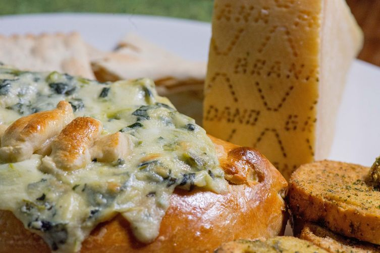 Super Bowl Bread Bowl with Creamy Grana Padano Kale Dip