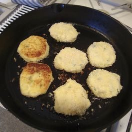 3f0328e5-9019-48ce-9e36-521c1c02fa19.mashed_potato_patties