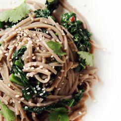 Spicy Kale Buckwheat Noodles