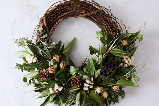 Fragrant Pod Branch Half Wreath