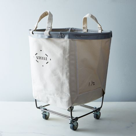 Round Carry Basket