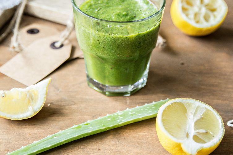 Healing green SMOOTIE.