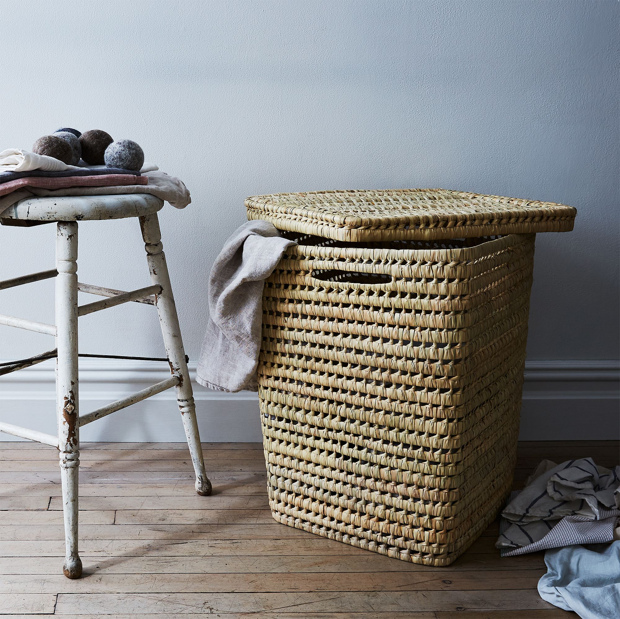 31249112 5d37 47f4 8cf3 76f1516cd308  2017 0605 hawkins new york food52 woven moroccan laundry baskets with lid mid bobbi lin 27746