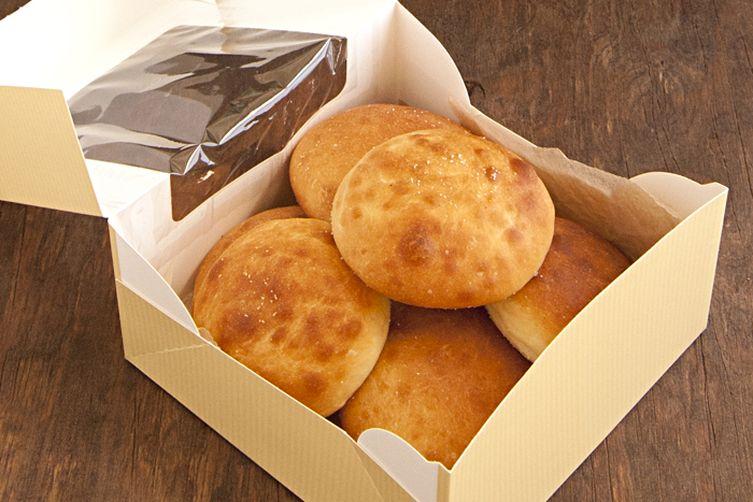No Knead Sourdough bread - Shlotzky's copycat recipe