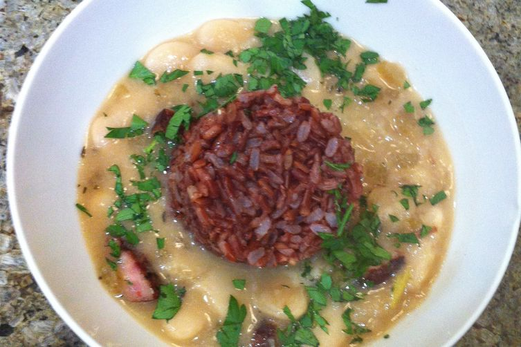 Giant Peruvian Limas with Red Rice and Char-grilled Pepper Sausage