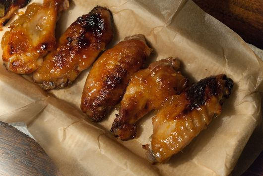 Chicken Wings with Spicy Pineapple Glaze