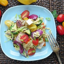 28a010a2 91ed 4f59 a94f 2f3aeda896d5  grilled greek orzo salad