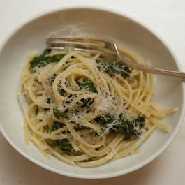 Pasta with Breadcrumbs and Kale + Bubbly Manhattan