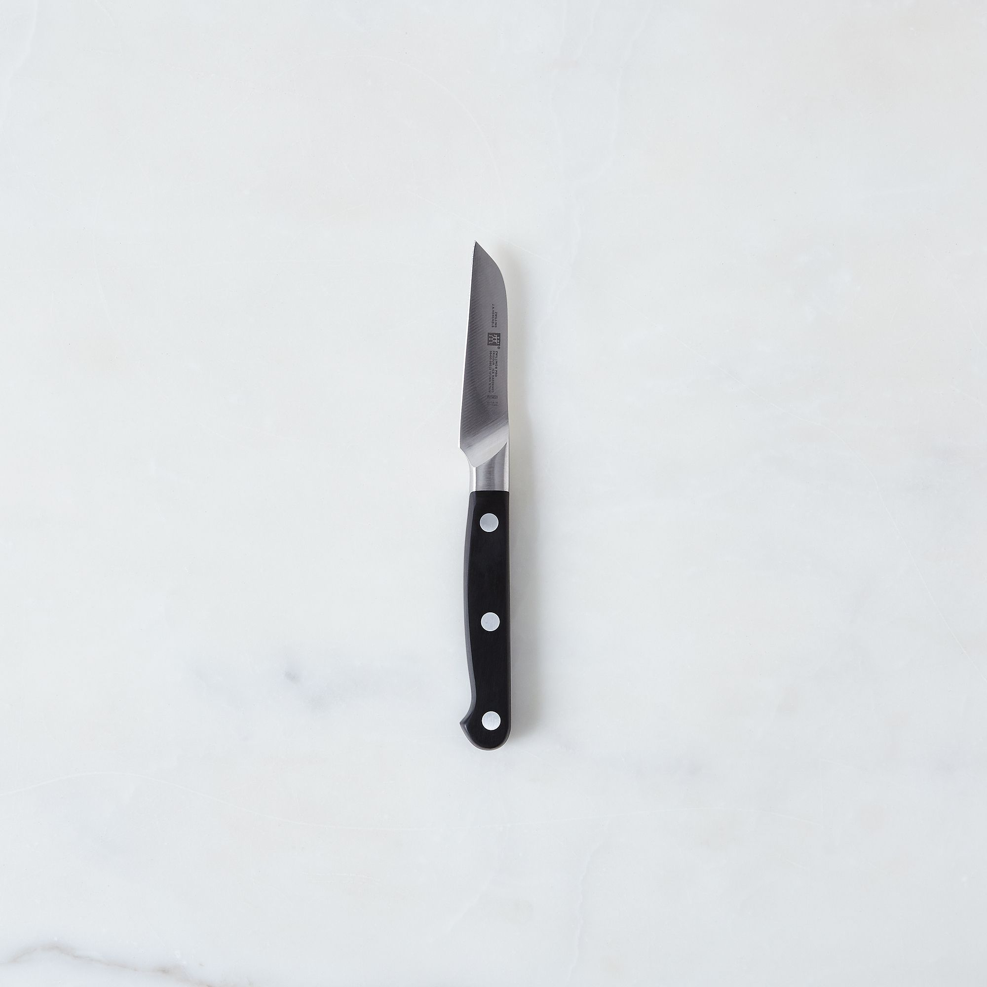 7e5aef6c 2140 487c 8643 9a956caf8c3b  2016 0617 zwilling pro knives 3 inch paring knife silo rocky luten 008