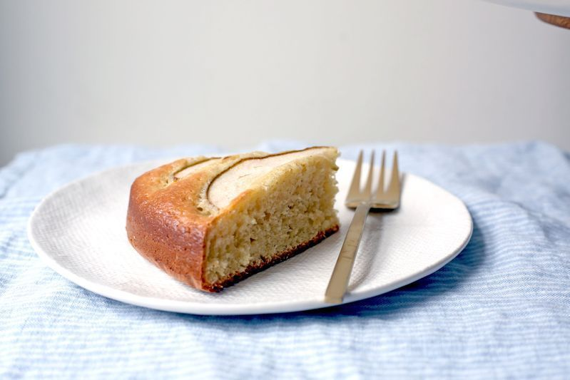 Sour Cream Cardamom Pear Cake