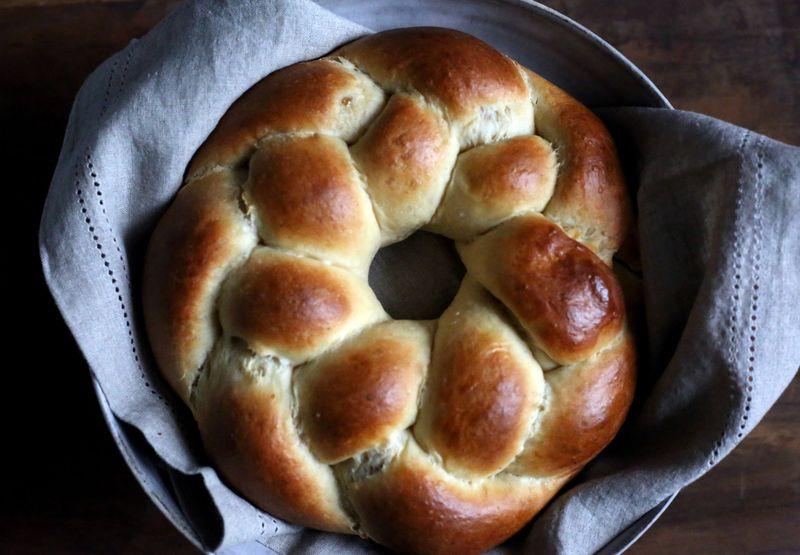 Sweet Cardamom Bread Recipe with Three Fillings