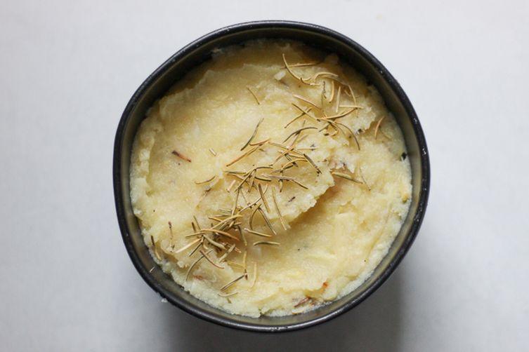 Rosemary and Garlic Parsnip Mash