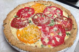 E602d2df 5504 4bf3 9012 9b98883b221b  tomato pie