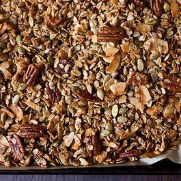 Nekisia Davis' Olive Oil and Maple Granola